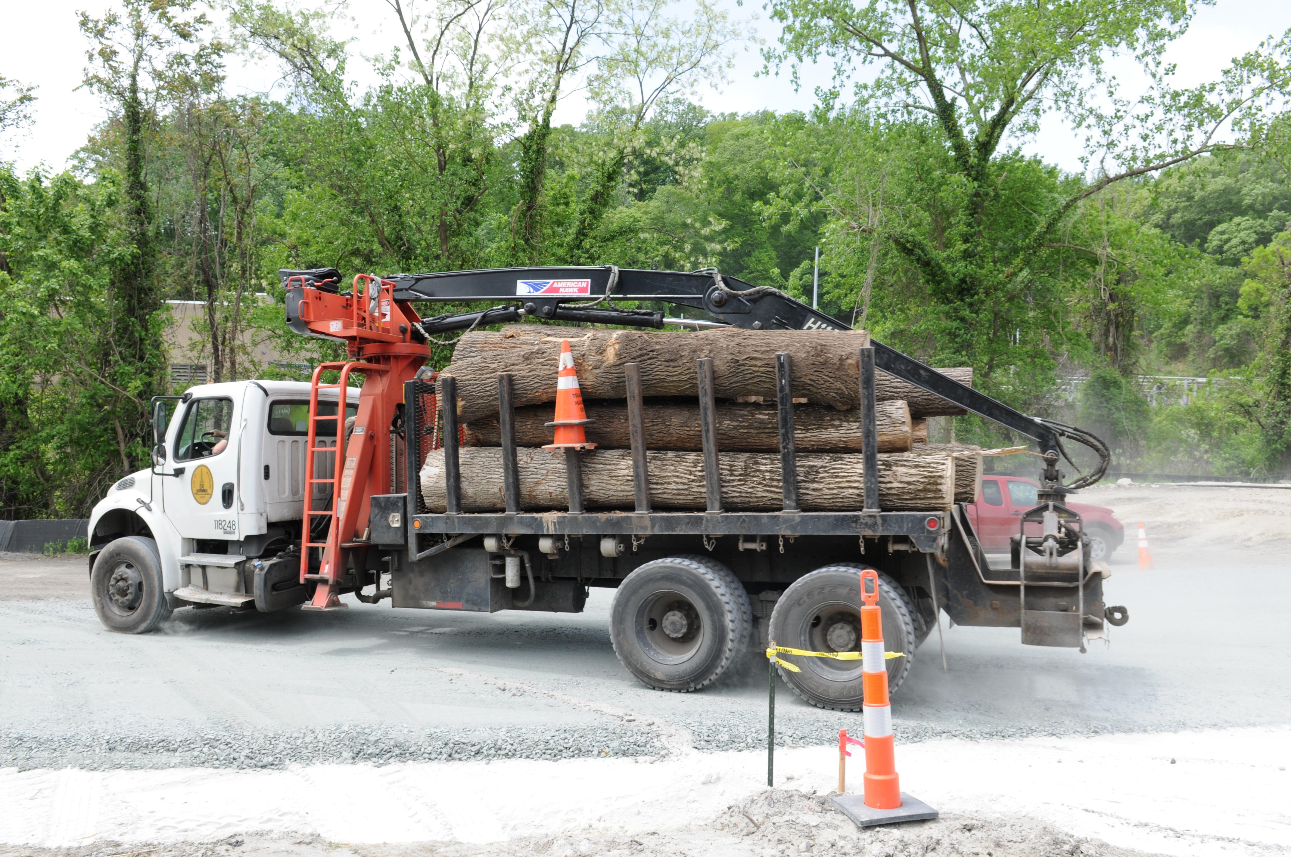 Log truck unloading